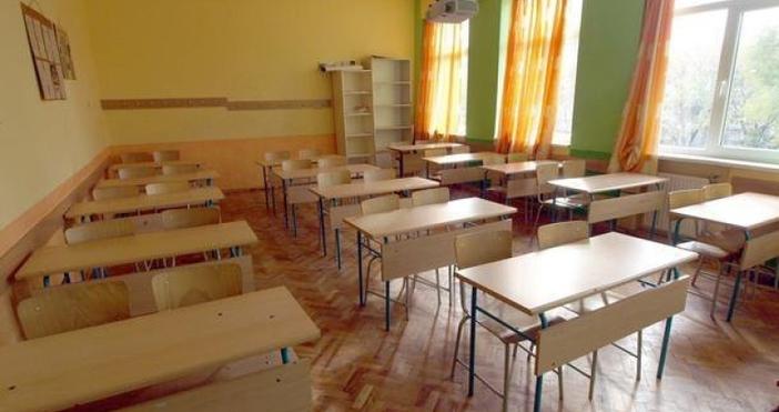 Две училища във Варна няма да отворят врати през новата