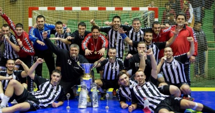 Новият старши треньор на хандбалния Локомотив Чавдар Чернев спечели първия