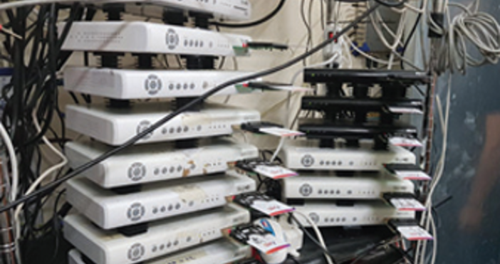 Снимка МВРМеждународна престъпна мрежа, извършваща масови измами сплатена телевизия, бе