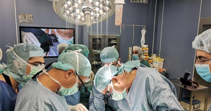 Източник и снимка:topnovini.bgСпециалисти от Военномедицинската академия (ВМА) извършихапоредначернодробна трансплантация. Това