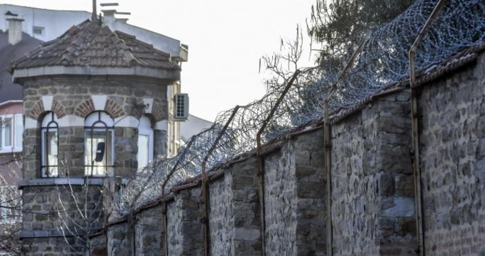 Снимка: БулфотоЗаместник-директорът на Софийския затвор Десислав Трайков подаде оставка. Причината