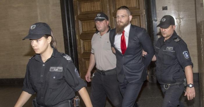 Джок Полфрийман остава в центъра за временно настаняване на чужденци