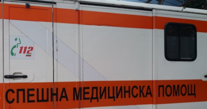 Снимка: novini.bg12-годишно дете пострадалеко при катастрофа, след като млад шофьор