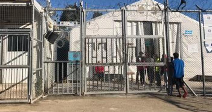 Властите на гръцкия остров Лесбос съобщиха, че не са в
