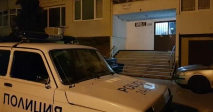 Снимка: Кристина Газиева/bTV 57--годишен мъж се барикадира в апартамента си,