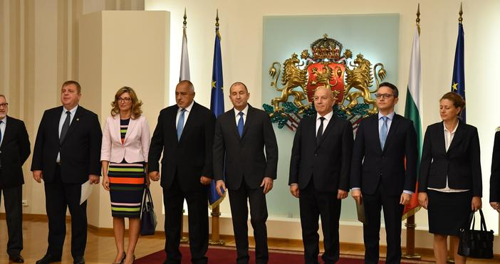 Снимка: БулфотоВицепремиерът и лидер на ВМРО Красимир Каракачанов пристигна на
