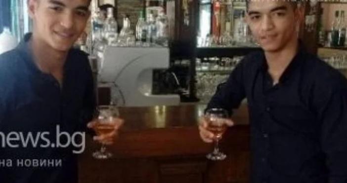 Снимка ТряфикнюзЦялото семейство на 19-годишните близнаци от зверската катастрофа в