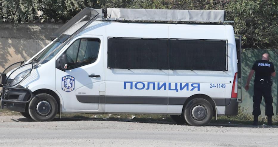 При акцията във Ветово взеха детето на ало измамника Васьо Гърка
