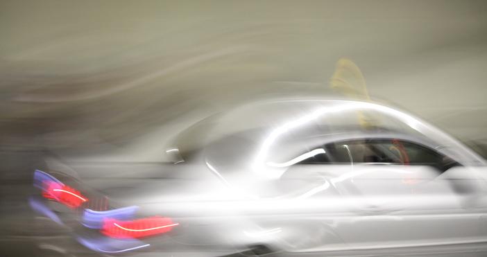 Снимка: Пиян младеж от Аксаково открадна кола, кара я само няколко метра и се блъсна. Съдът обаче не го пожали
