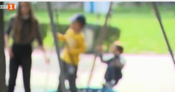 БНТНад 1000 деца са изоставени през миналата година, сочи справка