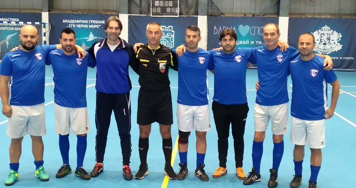 Ветераните на Спартак спечелиха турнира по футбол в памет на