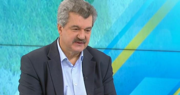 Снимка: БНТТрябва ли да бъде приета оставката на Борислав Михайлов