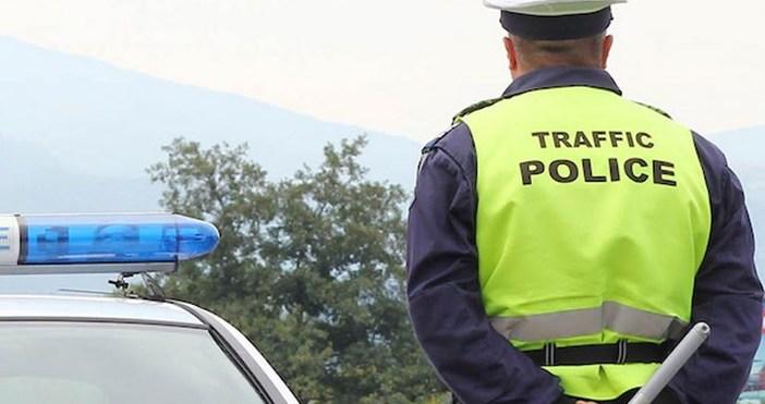 Снимка: БулфотоПолицаи предотвратиха превоз на ученици от шофьор, употребил алкохол,