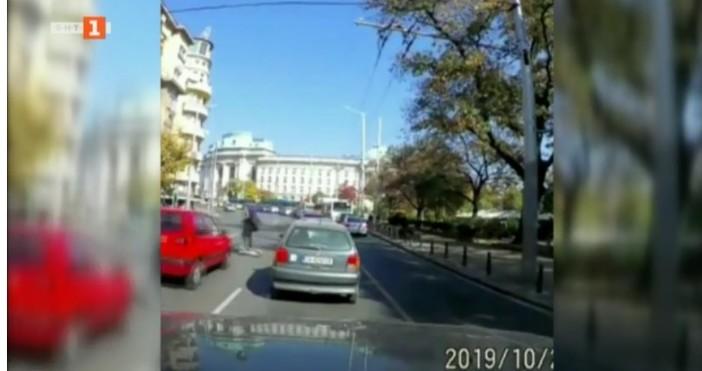 Електрическа тротинетка предизвика катастрофа до Софийския университет. Това е петият