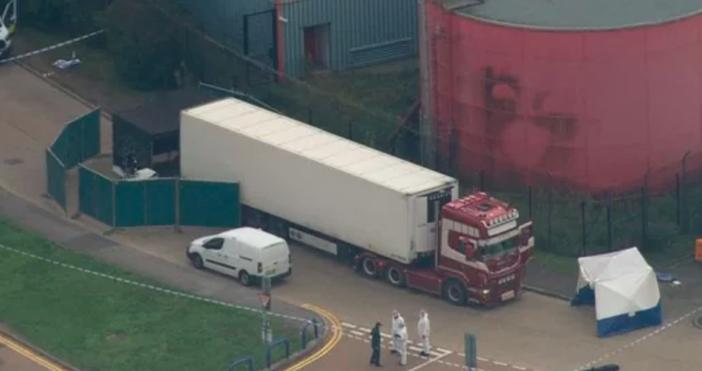 Смъртта на 39 души в хладилно ремарке на камион шокира