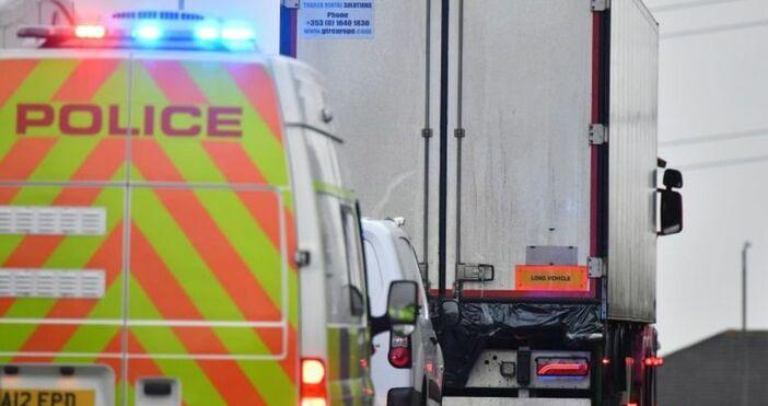 10 тийнейджъри са сред 39-имата загинали, които бяха намерени в