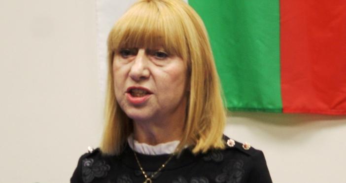 Анелия Клисарова подаде оставка като народен представител. На местните избори
