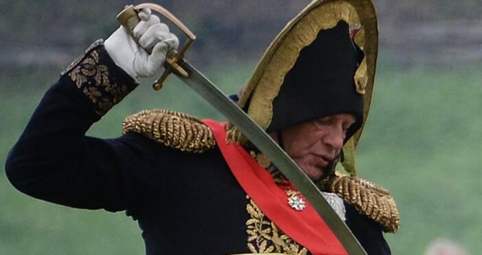 Полицията в Санкт Петербург арестува известен руски историк по подозрение
