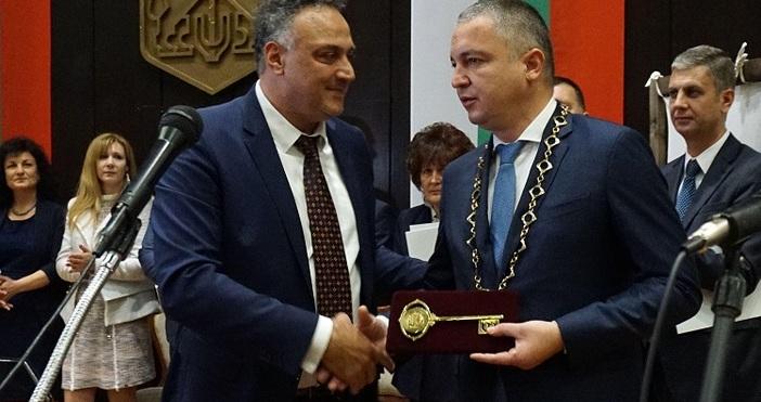 Снимки БулфотоПървото заседание на новоизбрания Общински съвет във Варна се