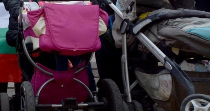 Снимка Булфото, архивДетска количка изчезна от стълбище във Варна, съобщават
