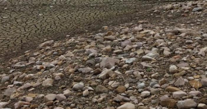 Снимка: фейсбукКметът на Перник ще сигнализира прокуратурата за водната криза