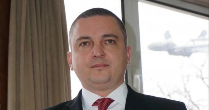 Кметът на Варна Иван Портних става на 43 години днес.