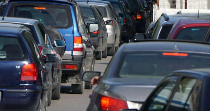 Снимка БулфотоПокупко-продажбата на автомобили вече става само след представена оценка