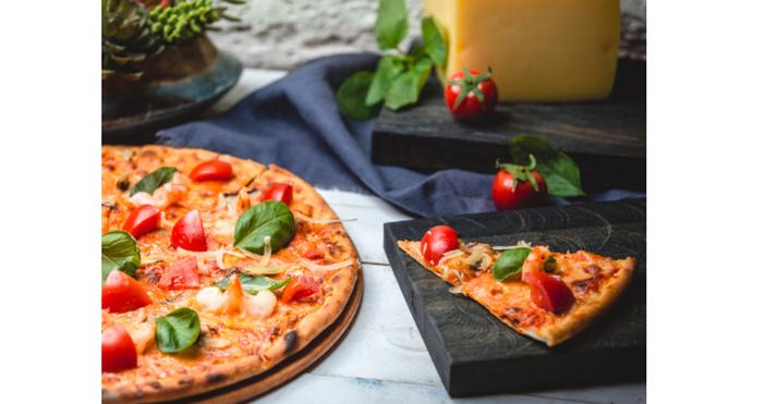 Гответе пицата си на предварително загрята повърхностАко искате занаятчийска пица,