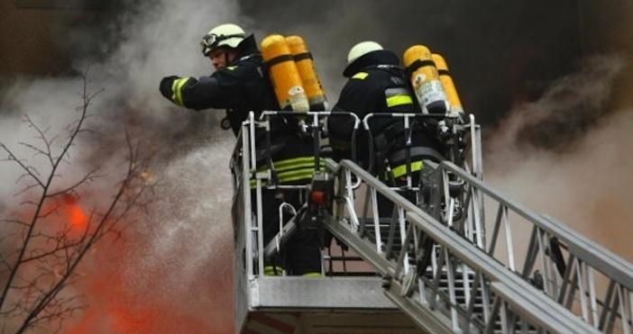 Снимка: Булфото, архивКомин на ресторант в Благоевград се запали тазивечер.Клиентите