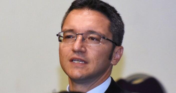 Снимка БулфотоЗаместник-председателят на Народното събрание Кристиан Вигенин призова за нормализиране