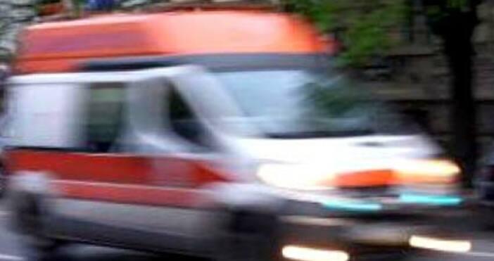 Снимка БулфотоТежка катастрофа на главен път Е-79 край Ребърково взе