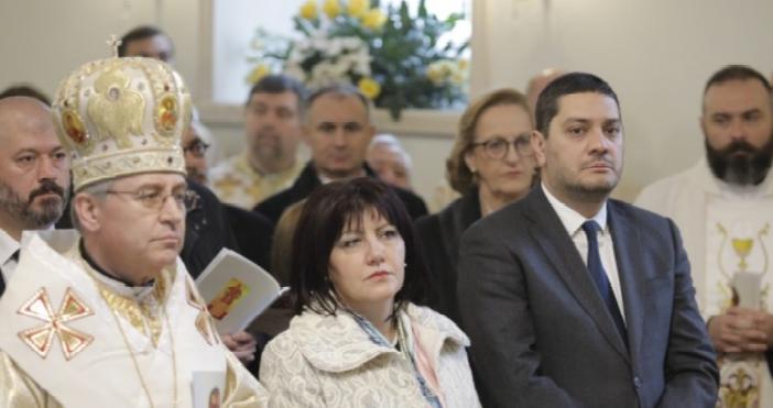 Снимки:Народно събраниеПредседателят на Народното събрание Цвета Караянчева присъствана тържествена литургия