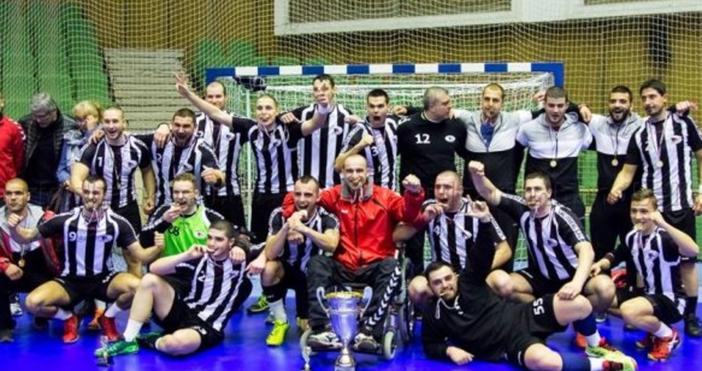 Хандбалният Локомотив надделя срещу съименика си от Горна Оряховица с