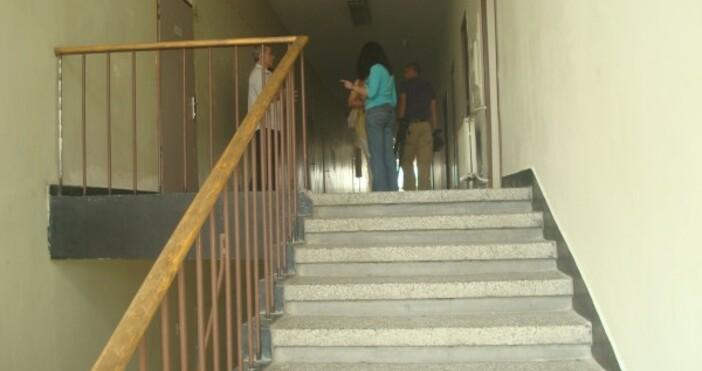 Снимка Булфото, архивПропаднало е стълбище в СУ