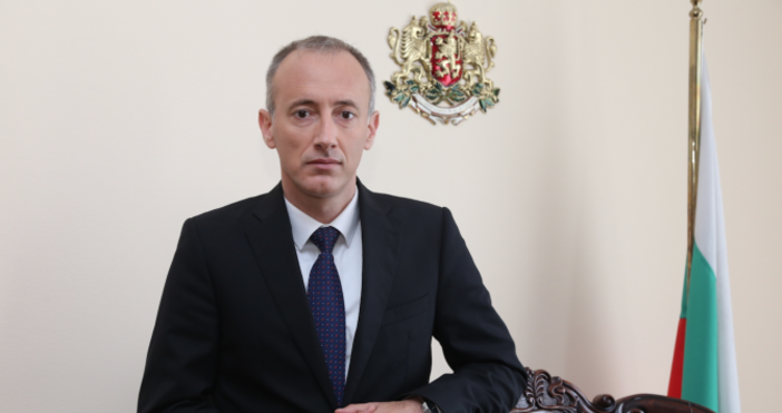 Снимка БулфотоУтре 12 декември, министърът на образованието и наукатаКрасимир Вълчевще