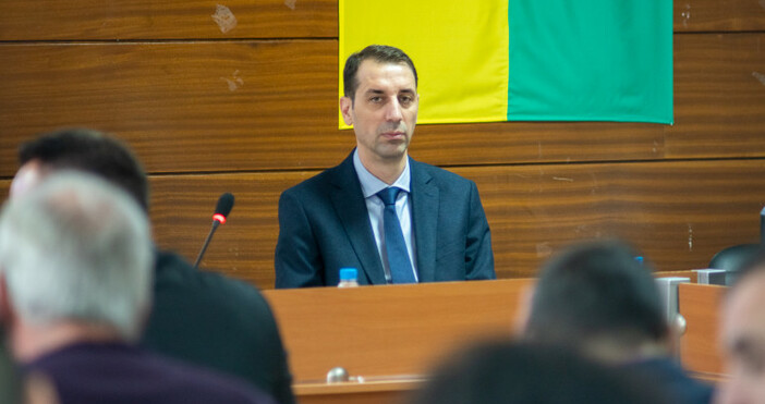 Окончателно е прекратена процедуратапо облигационния заем от 9 млн. евро.Това