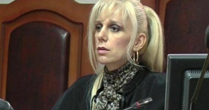 Съдията от Районния съд в Пазарджик Майа Попова се е