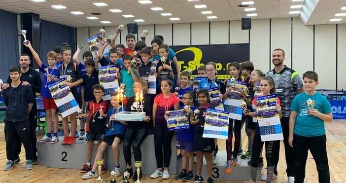 С коледен турнир приключи спортно-състезателната година за СКТМ
