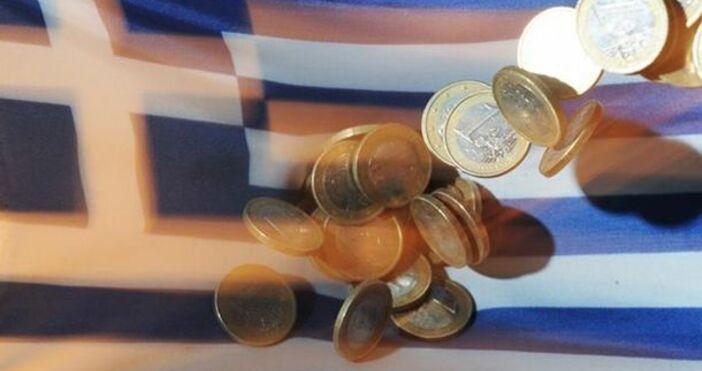 Гърция се бори срещу демографската криза с помощи и данъчни