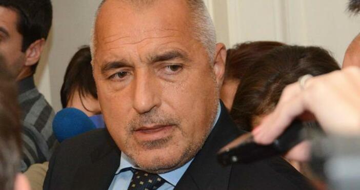 Премиерът Бойко Борисов дава изявление на летище София след кацането