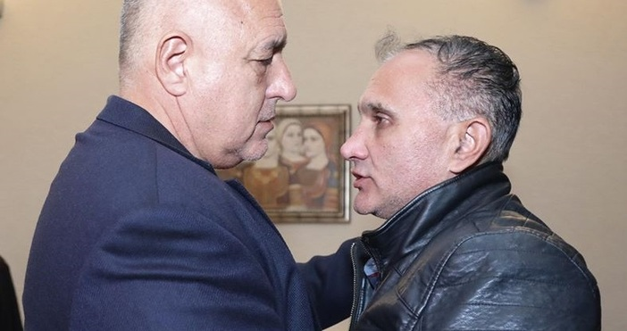 Редактор:Александър Дечевe-mail:alexander_dechev_petel.bg@abv.bgПремиерът Бойко Борисов се срещна с бащата на убитата