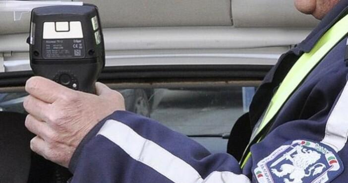 Хванаха съдебния администратор на Окръжната прокуратура в Търговище да шофира