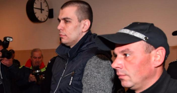 Снимка БулфотоВикторио Александров се изправя пред съда.27-годишният мъж е обвинен