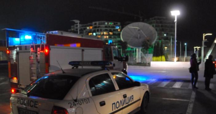 Снимка БулфотоСигнал за бомба стана причина за евакуирането на посетителите