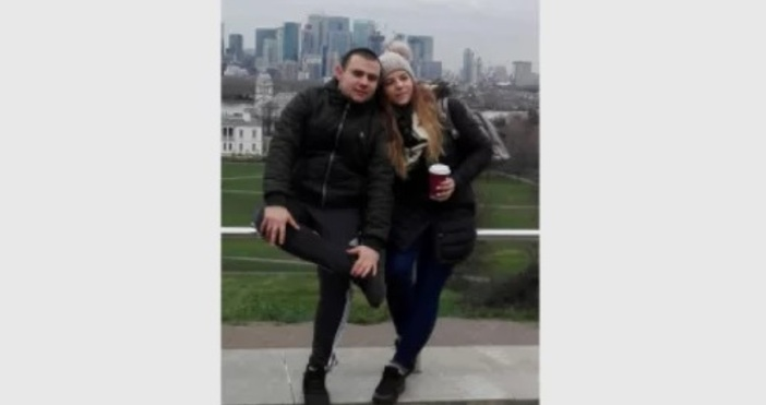 Денислава Добрева, която сега е на 25 години, заминава малко