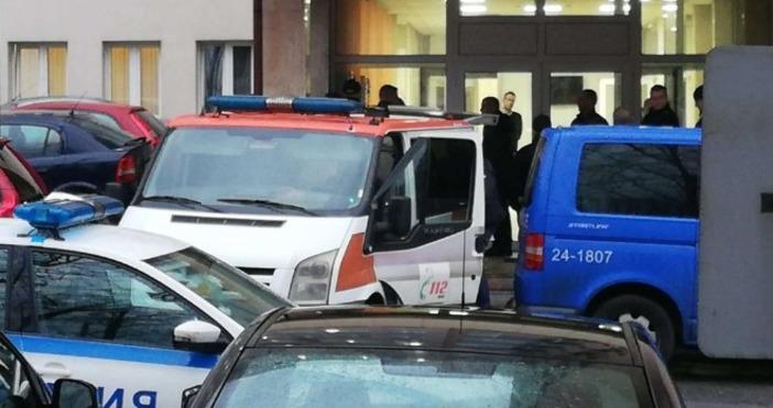 Снимка: Канал 3Мъжът, който днес се застреля в сградата на