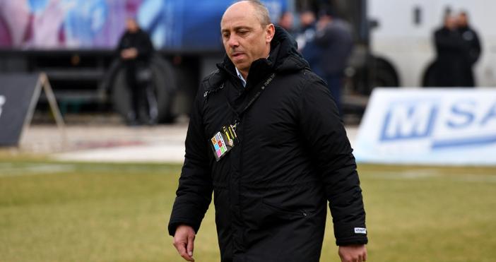 Ботев и Черно море играят при 0:0 първото полувреме на
