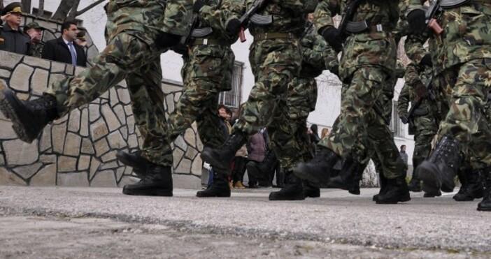 Снимка БулфотоНе мога да разбера защо армията в една извънредна