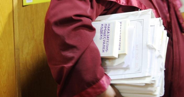 Апелативният съд отмени определение на Варненския окръжен съд и определи