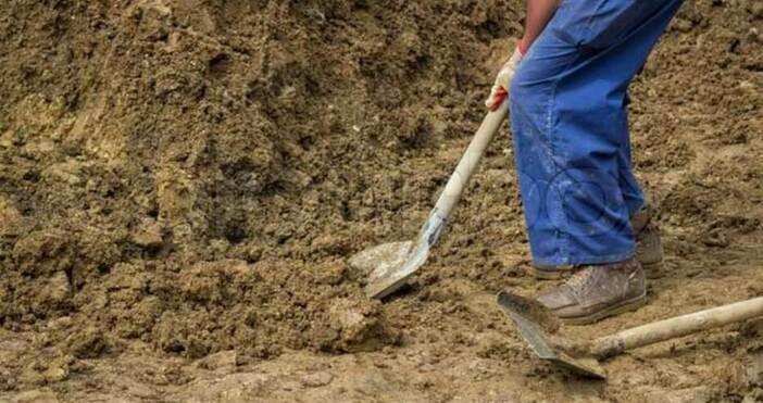Започна полагането на тръбите за новия водопровод в пернишкия квартал